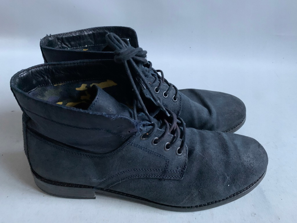 TOMMY HILFIGER BUTY GLANY TRAPERY 45 CASUAL SUEDE