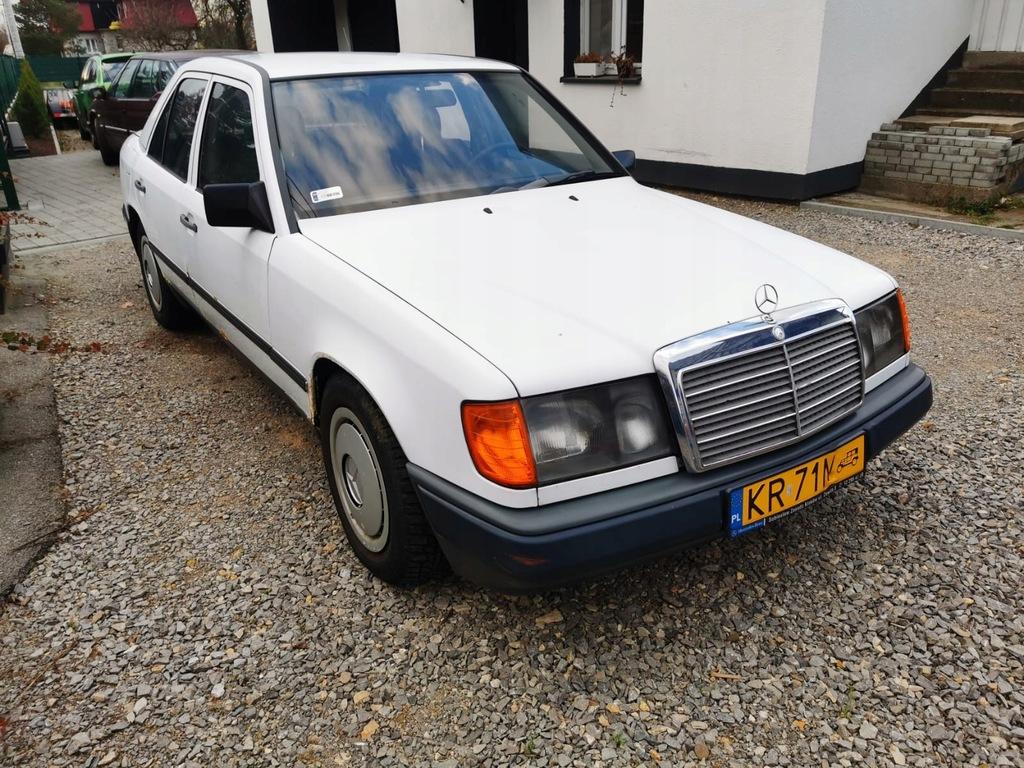 Mercedes Benz W124 1987r