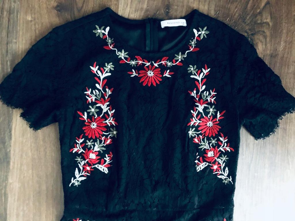 Reserved sukienka s czarna koronka kwiaty