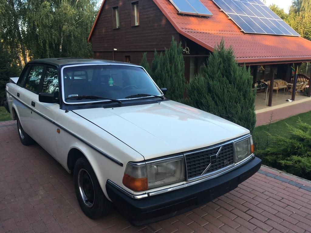 Volvo 240 2,3 benzynowy, 1983 rok, zabytkowy