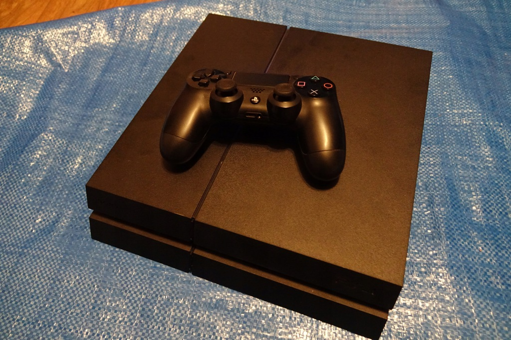 Playstation 4 PS4 5.05 Gry Hen Unikat CUH-1216A