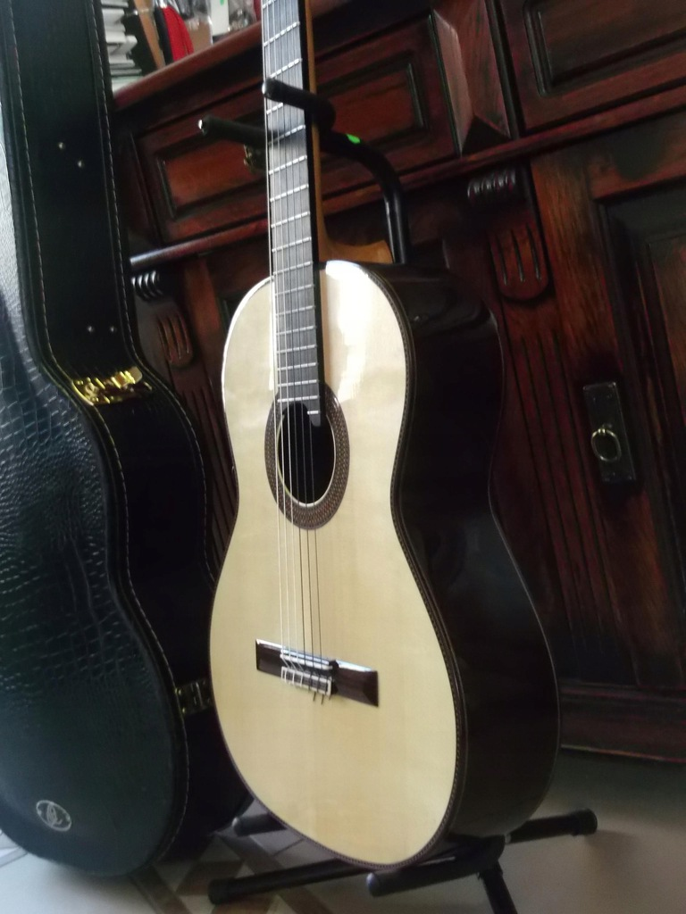 Ortega M100CS gitara klasyczna z Futerałem