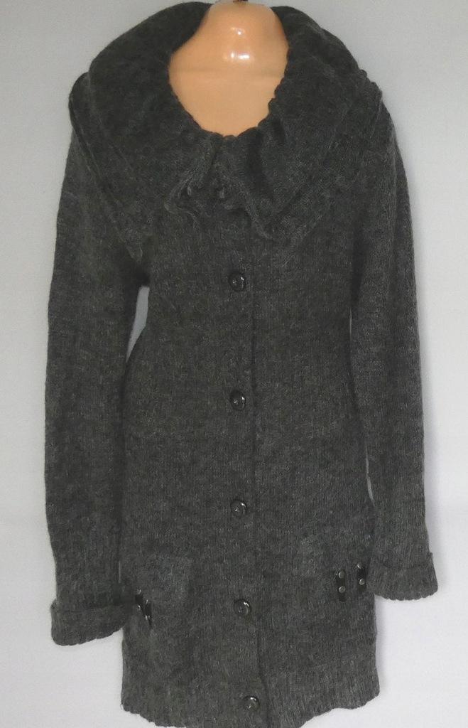 Długi sweter z moherem 46