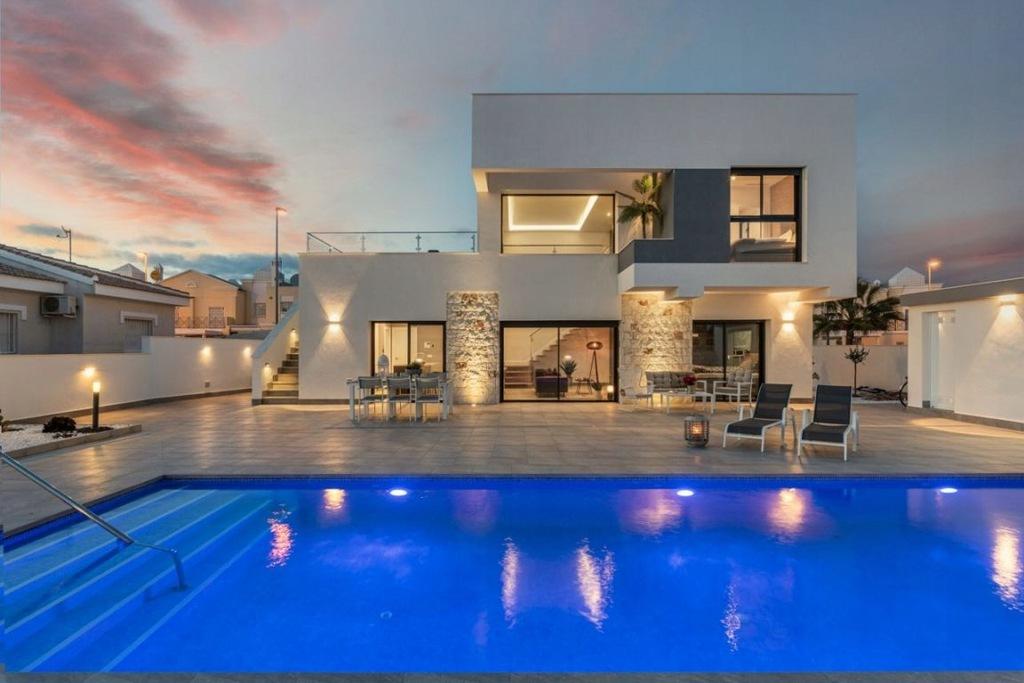 Dom, Alicante, 125 m²
