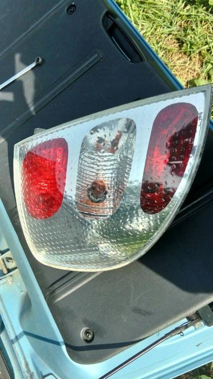 Lampa Tyl Lewa Citroen C3 Pluriel