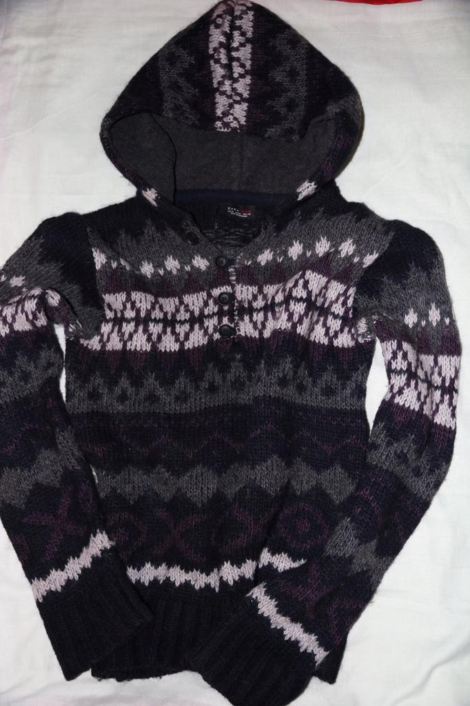 Zara sweter z kapturem roz.M z dodatkiem Alpaca
