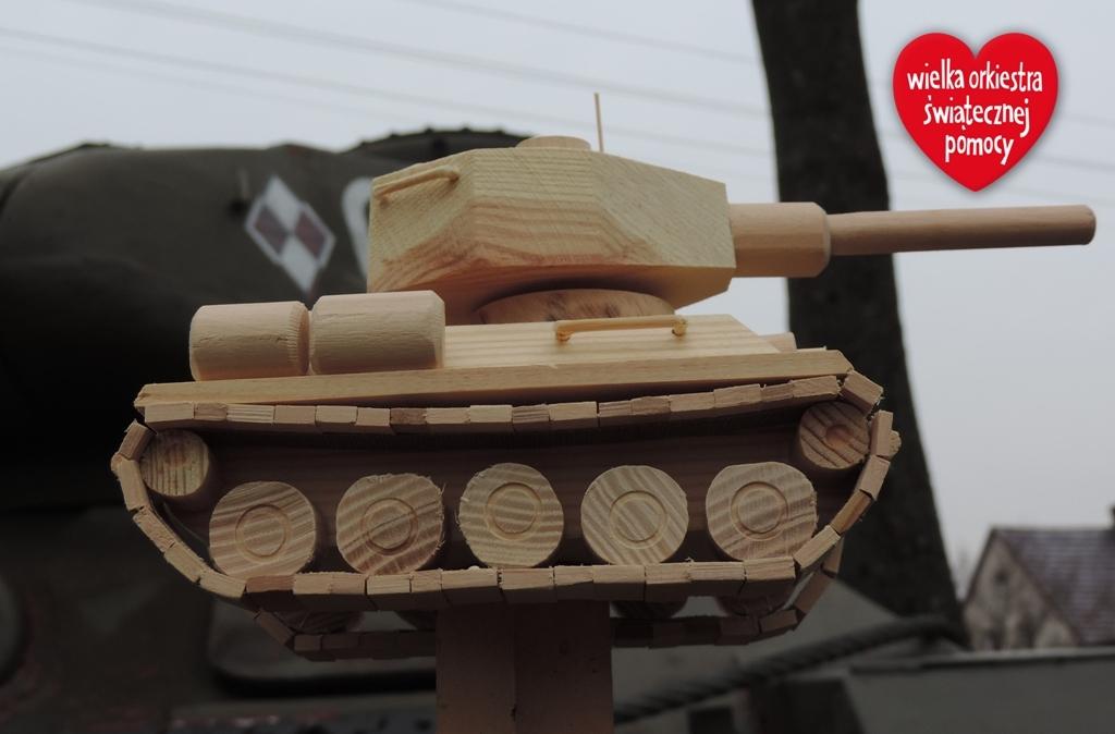 Drewniana statuetka - czolg T-34