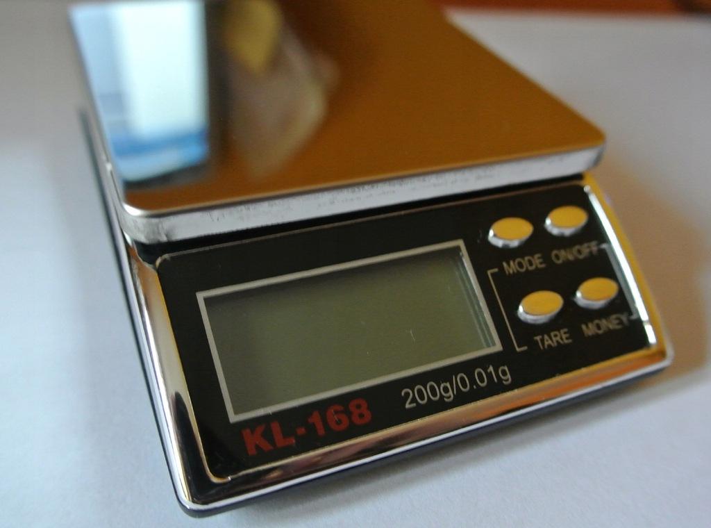 Waga jubilerska 200 g / 0.1 g (ultrafiolet)