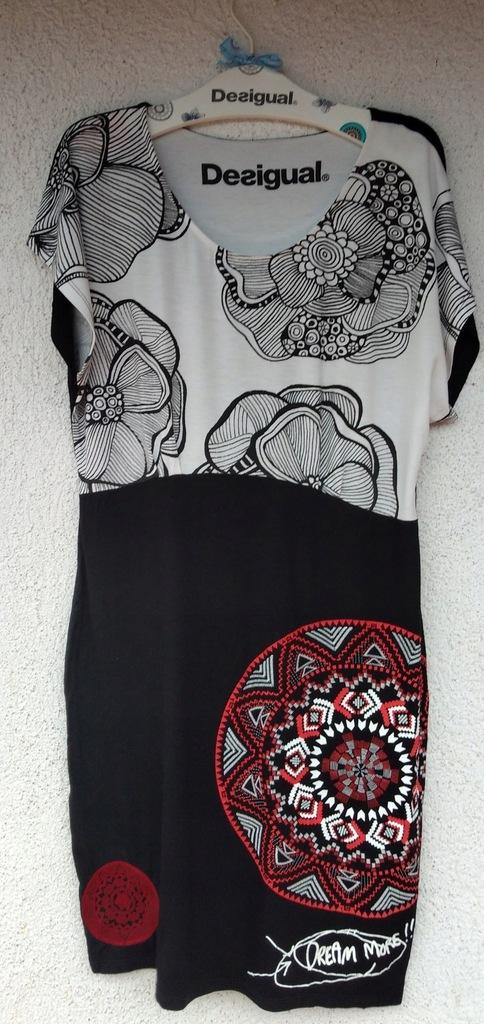 Sukienka DESIGUAL XL