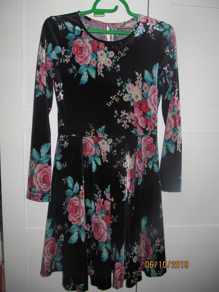 Aksamitna welurowa sukienka w kwiaty retro 3436