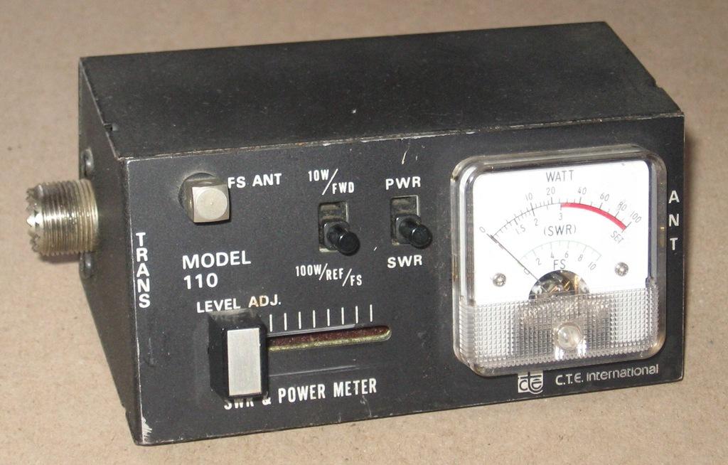 Reflektometr SWR - miernik mocy do 100 watt.