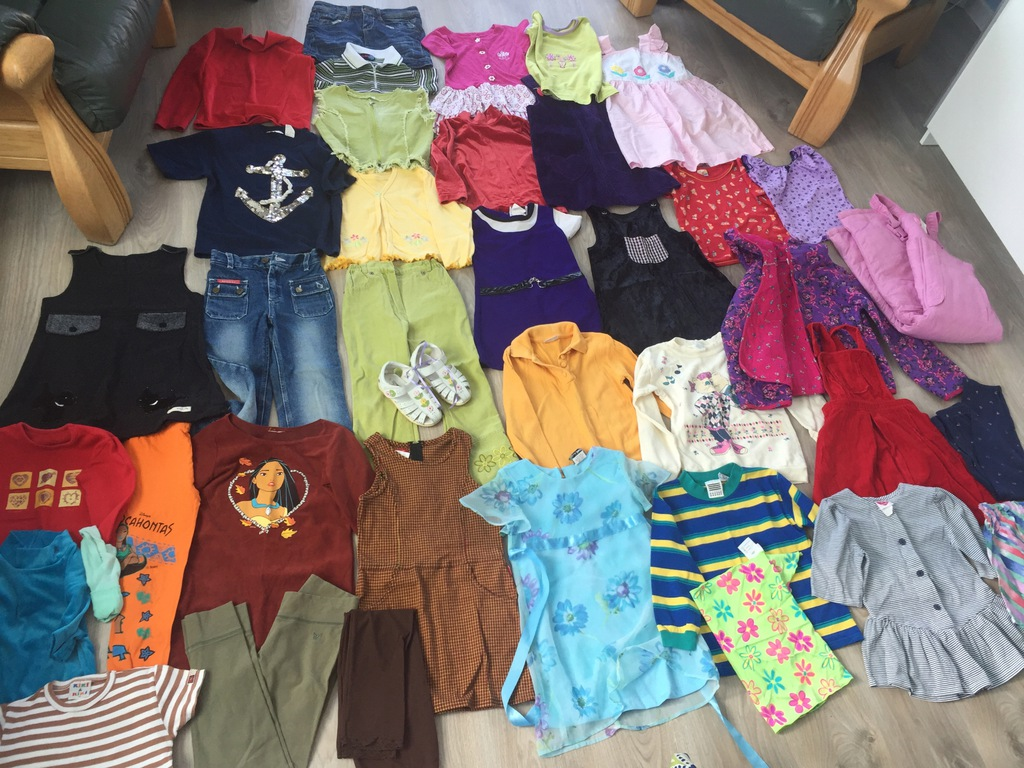 Zestaw ubrań dla dziewczynki 5-6 lat