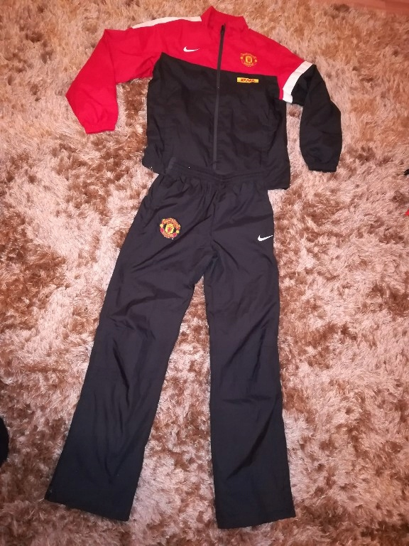 Manchester united dres Nike 152/158 cm