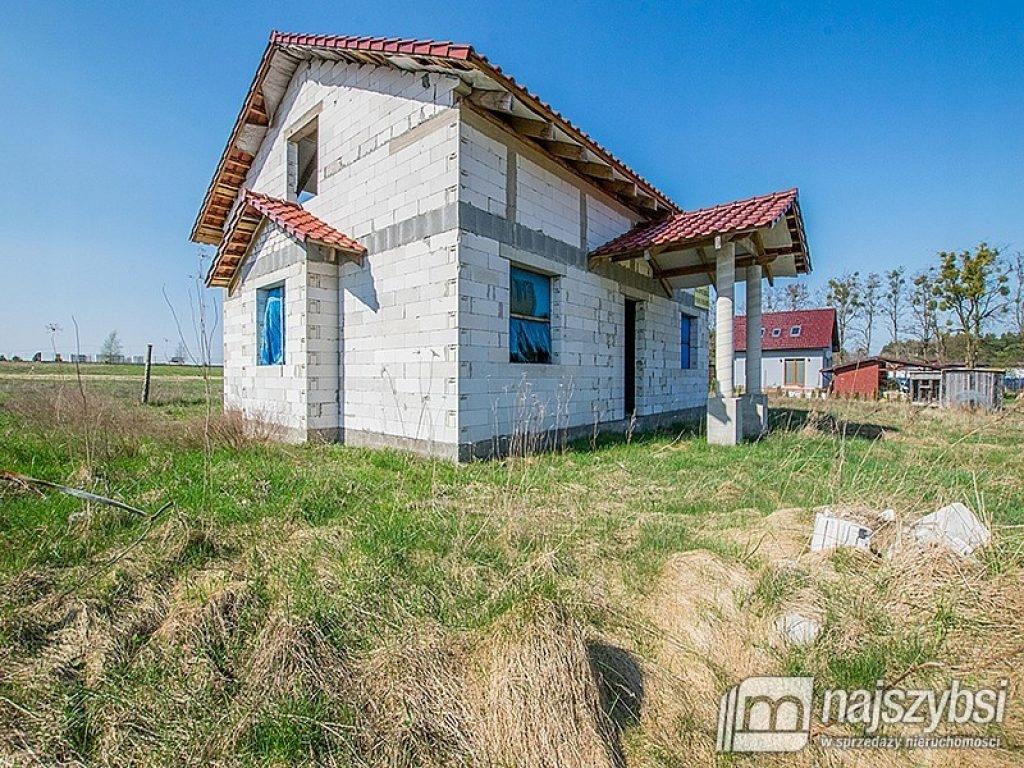 Dom, Tuczno, Tuczno (gm.), Wałecki (pow.), 160 m²