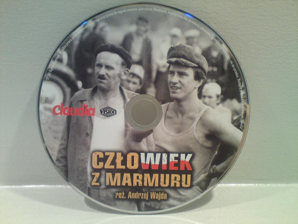 """Film """"Człowiek z marmuru""""  na DVD"""