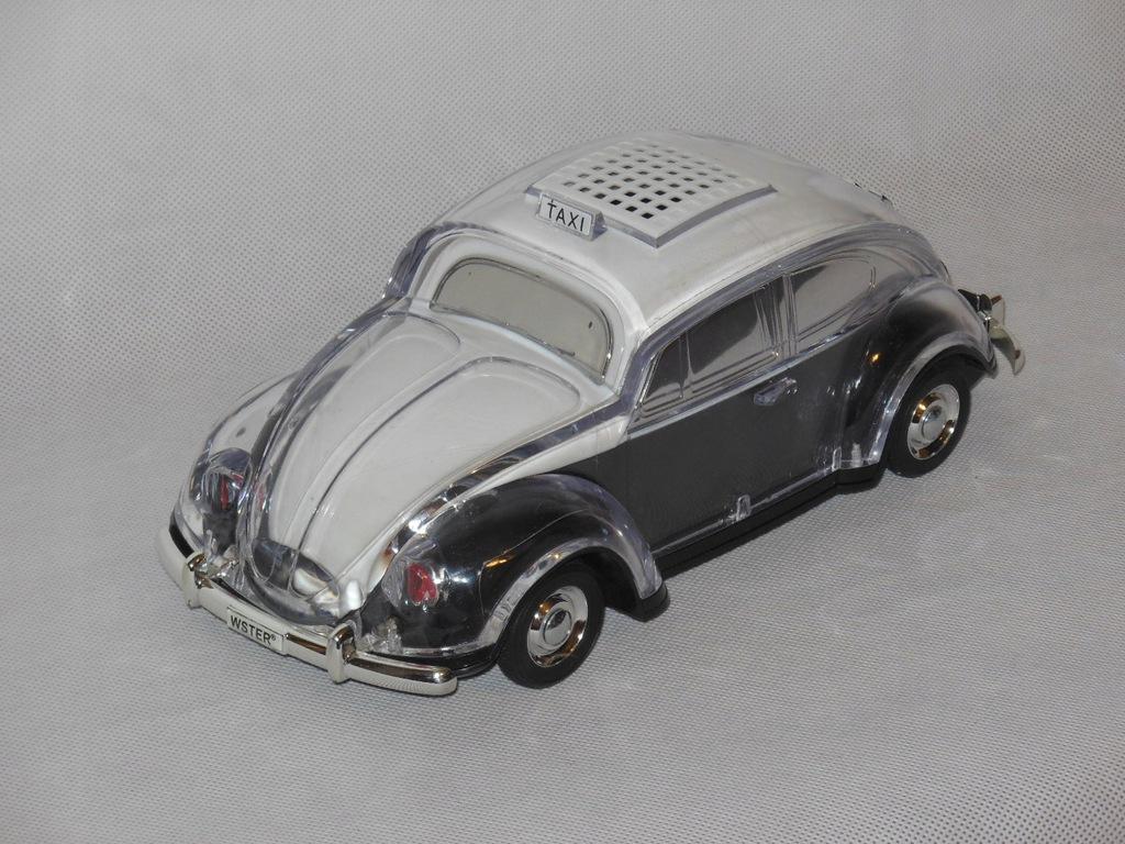 Radio samochód Garbus czarny podświetlany