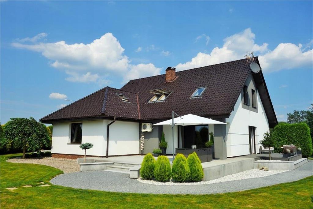 Dom, Sokołowice, Oleśnica (gm.), 235 m²