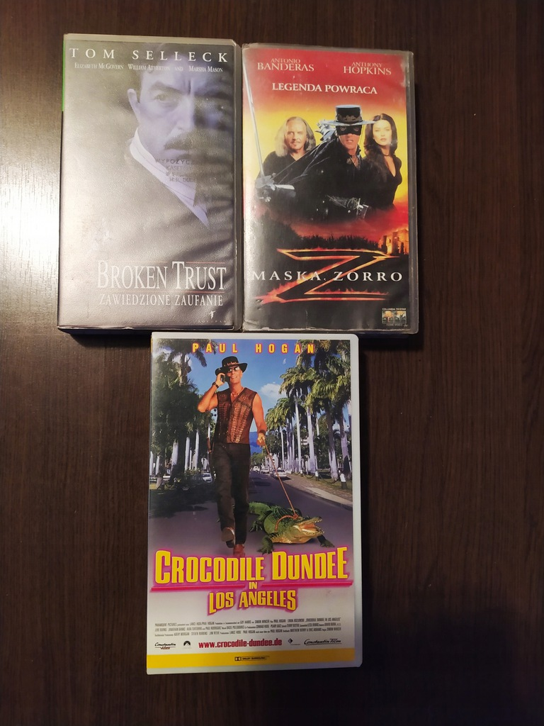 ZESTAW VHS #1 KROKODYL DUNDEE ZORRO