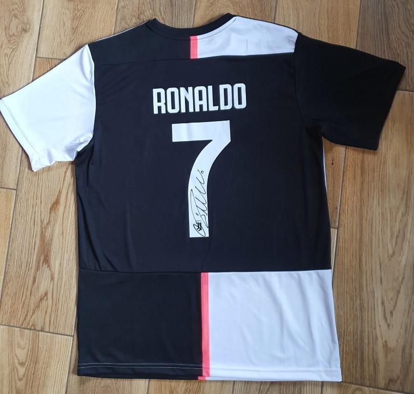 Cristiano Ronaldo - koszulka z autografem (ZAG).