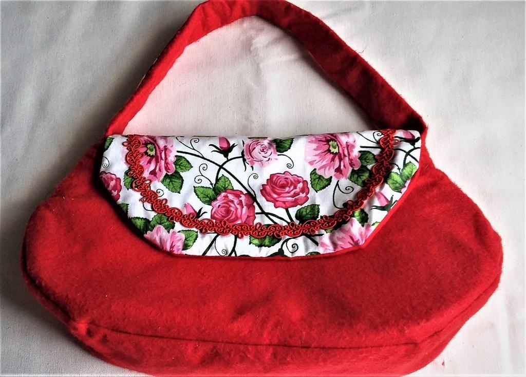 Torebka wizytowa czerwona filc bawełna Różyczki