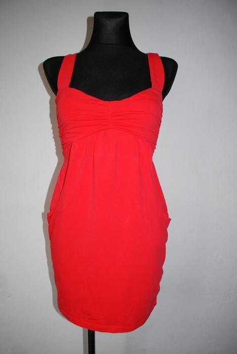 malinowa sukienka,kieszenie r.S