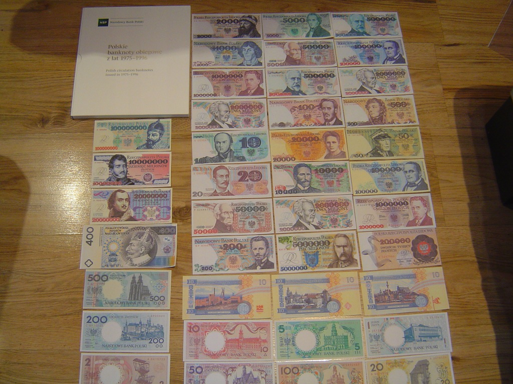 ALBUM POLSKIE BANKNOTY 1975-96 rok + 40 banknotów