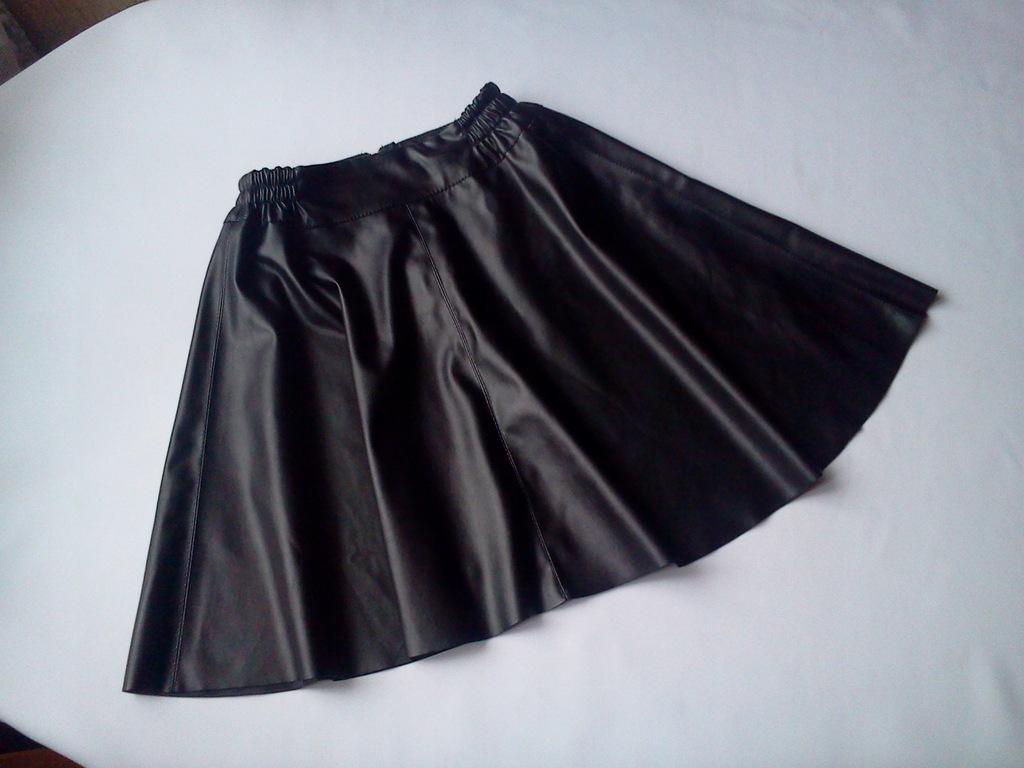 Spódnica czarna galowa eko skóra 134140