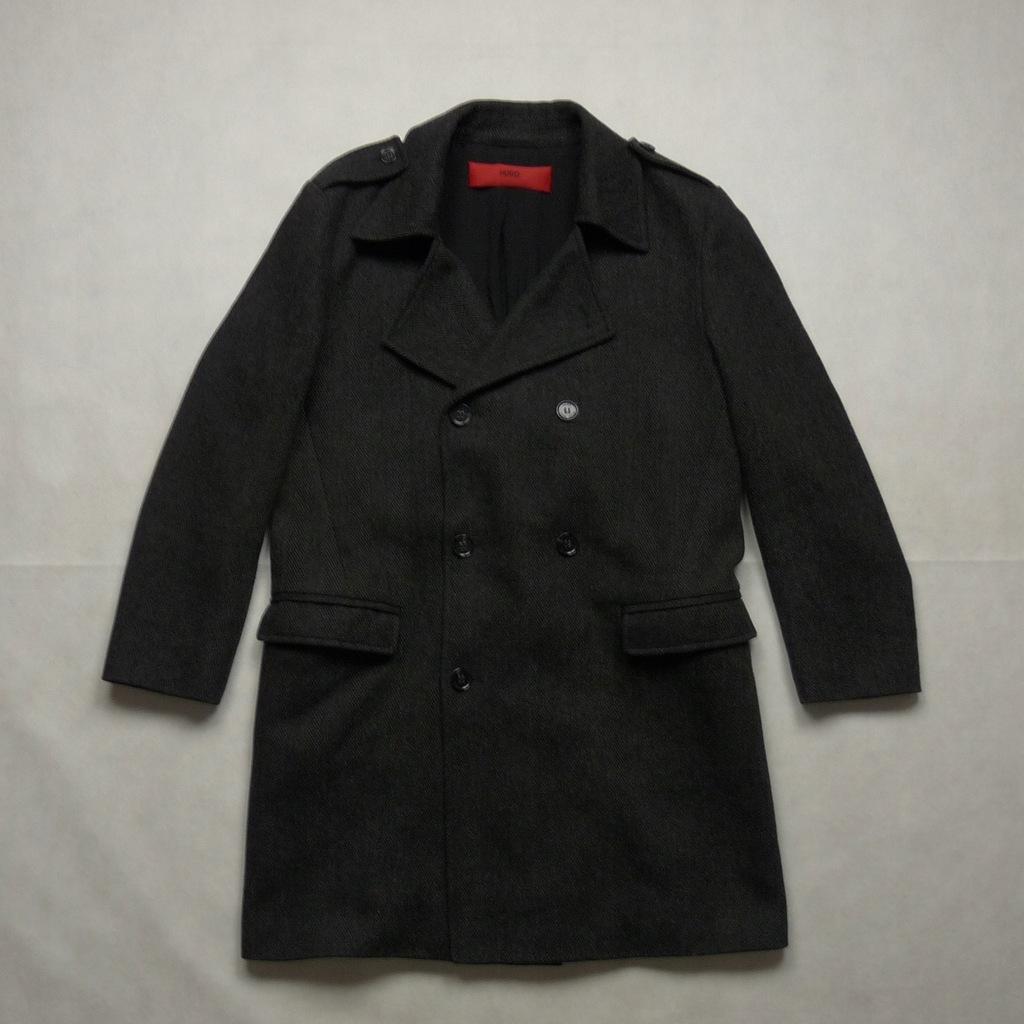 HUGO BOSS Red wełniany jesienny płaszcz 50 L