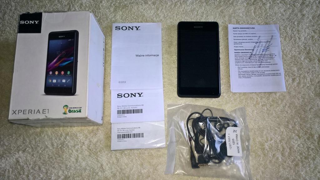 Smartfon Sony Xperia E1 czarny 4 GB PL PLUS GSM