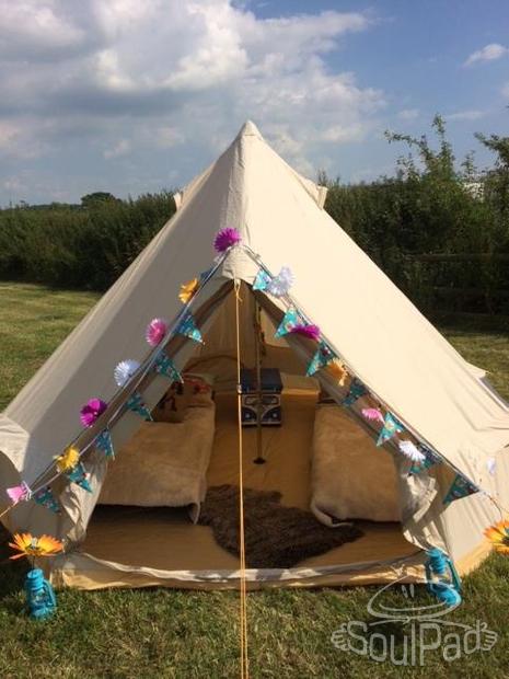 Namiot z płotna canvas bell tent glamping