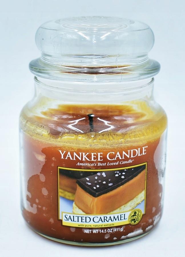 6345-30 ...YANKEE CANDLE.. m#r SWIECA SLONY KARMEL