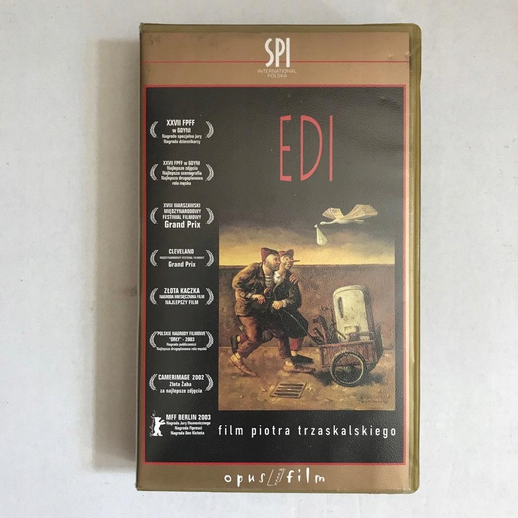 EDI, FILM POLSKI, REŻ. P. TRZASKALSKI, 2002