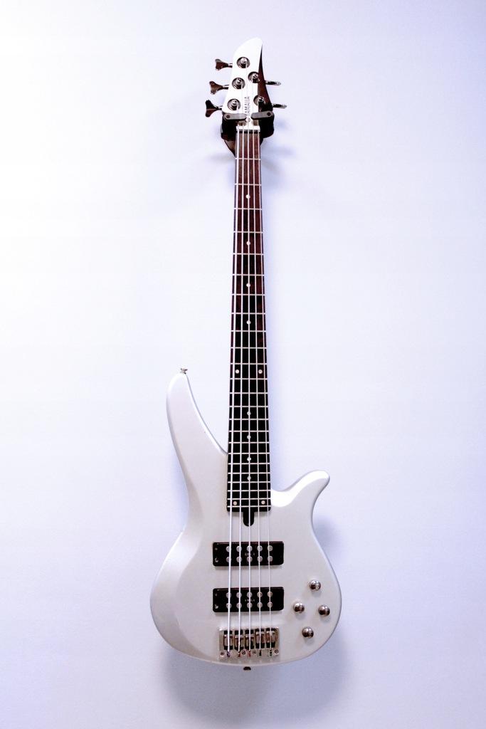 Gitara basowa Yamaha RBX375 Lombard66