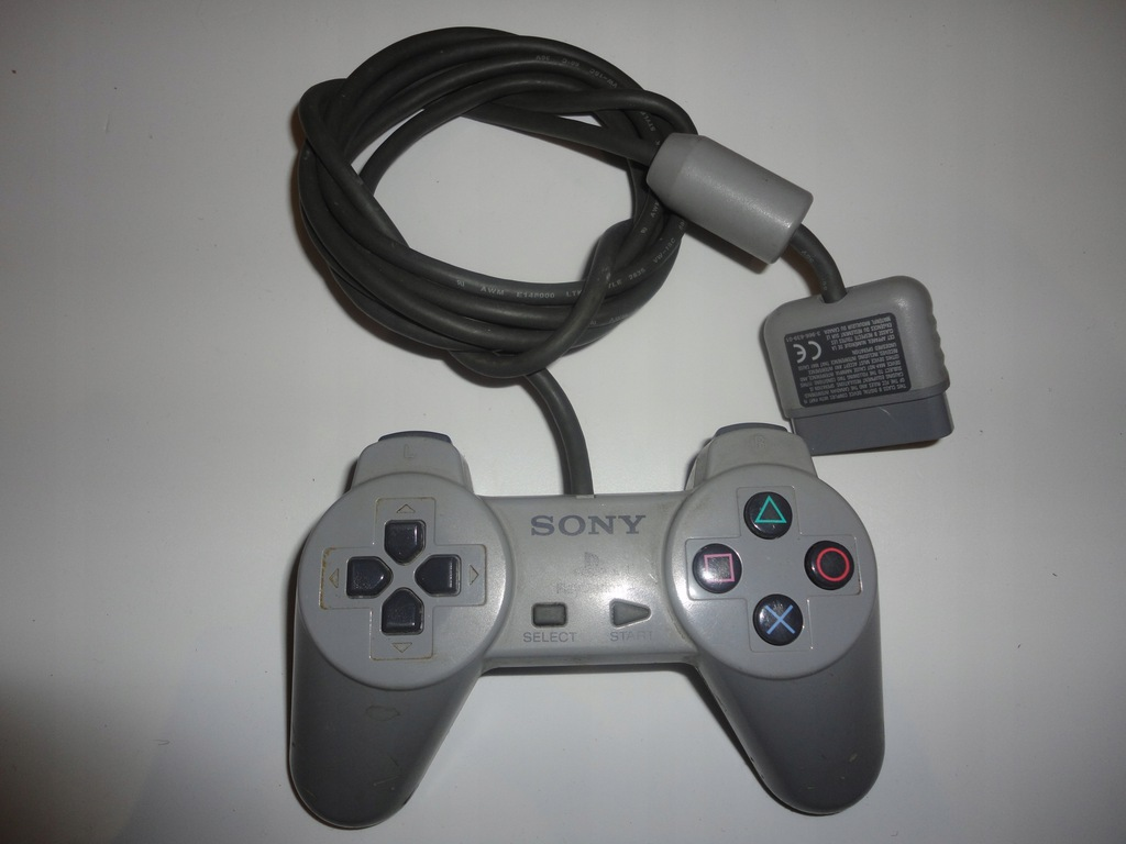 SONY CONTROLLER SCPH-1080 PAD 45