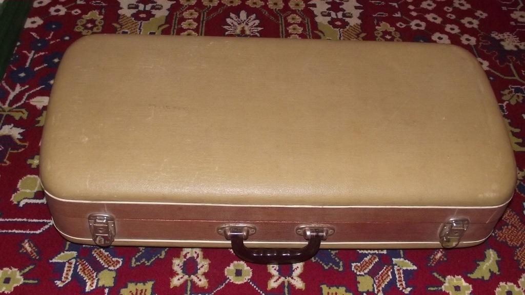 Koestler Harmophone Walizka Organy Piano