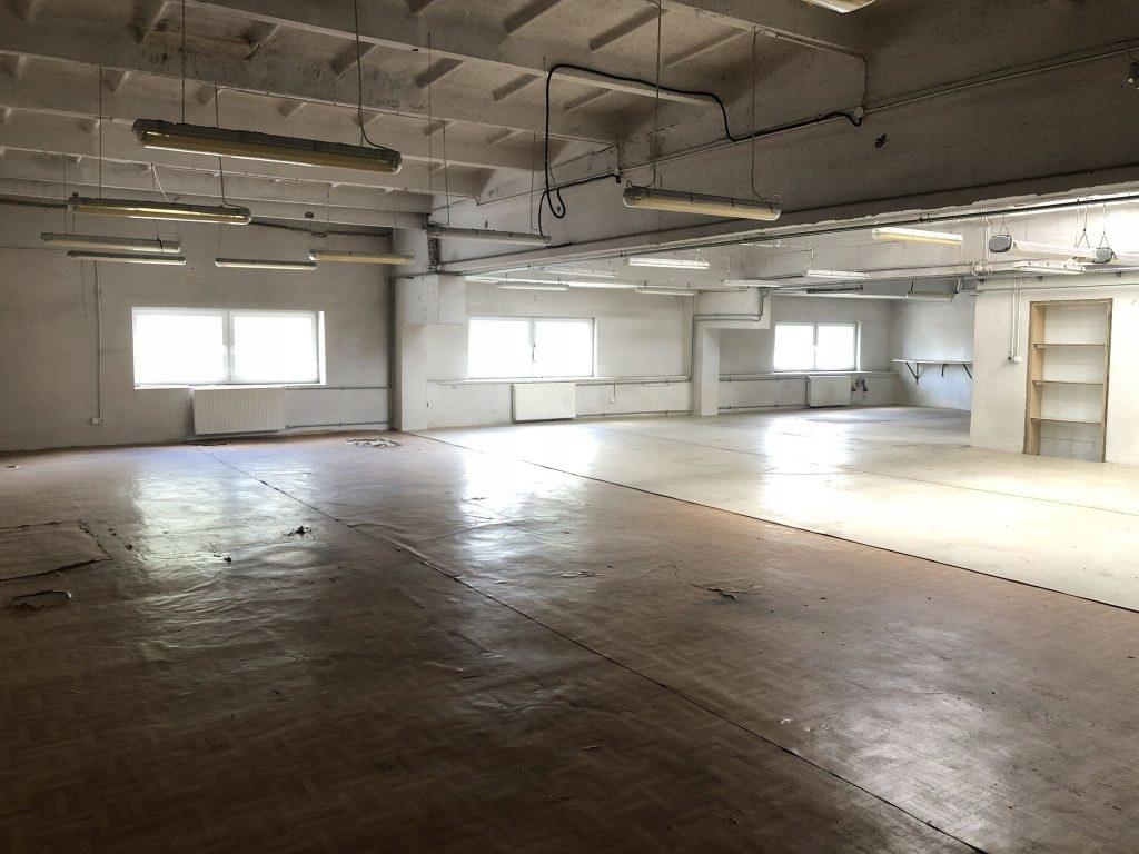 Magazyny i hale, Pabianice, 242 m²