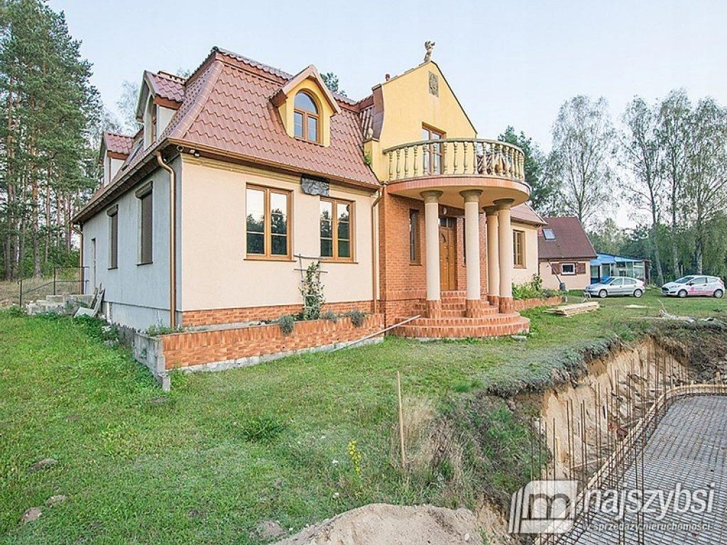 Dom, Biały Bór, Biały Bór (gm.), 440 m²