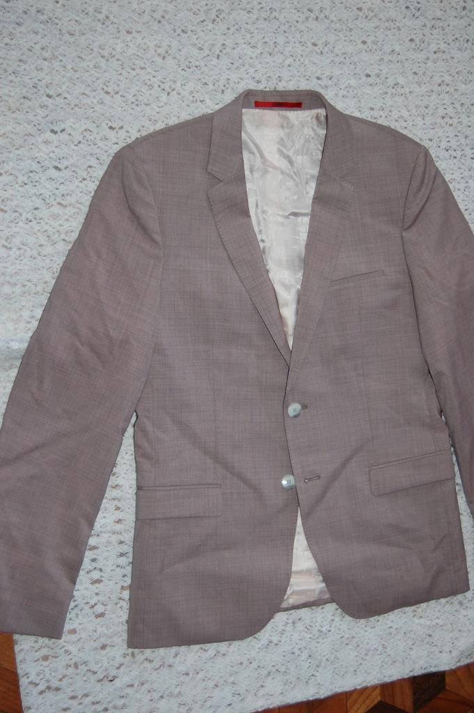 HUGO BOSS - garnitur roz.50-M/L