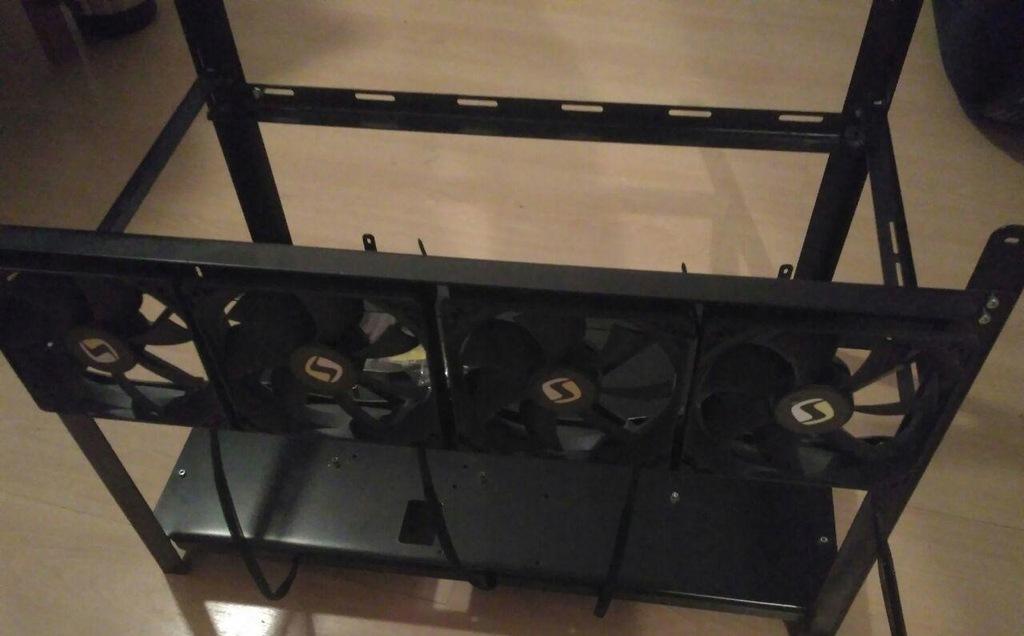 Stelaż Obudowa koparki PRO 6 kart + 4 wentylatory