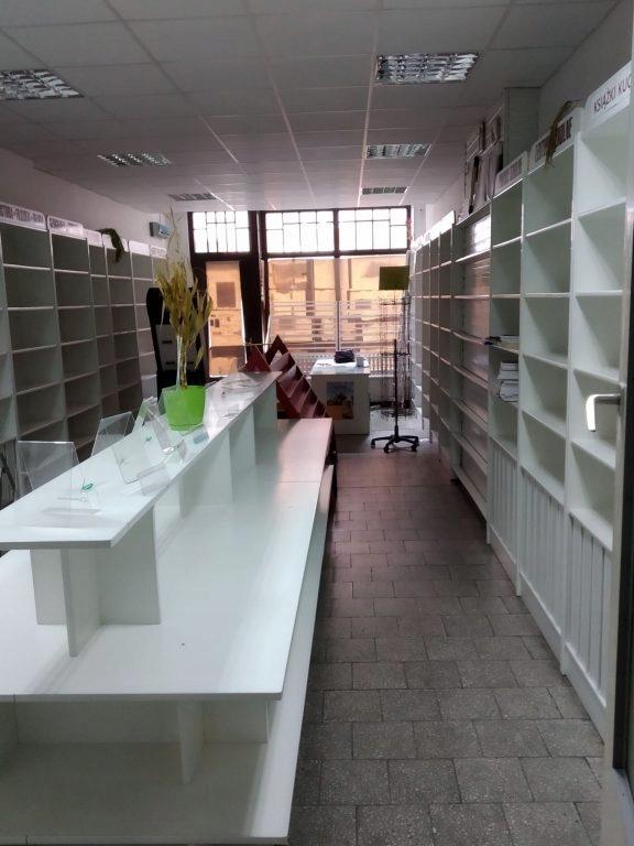 Komercyjne, Świebodzin, Świebodzin (gm.), 62 m²