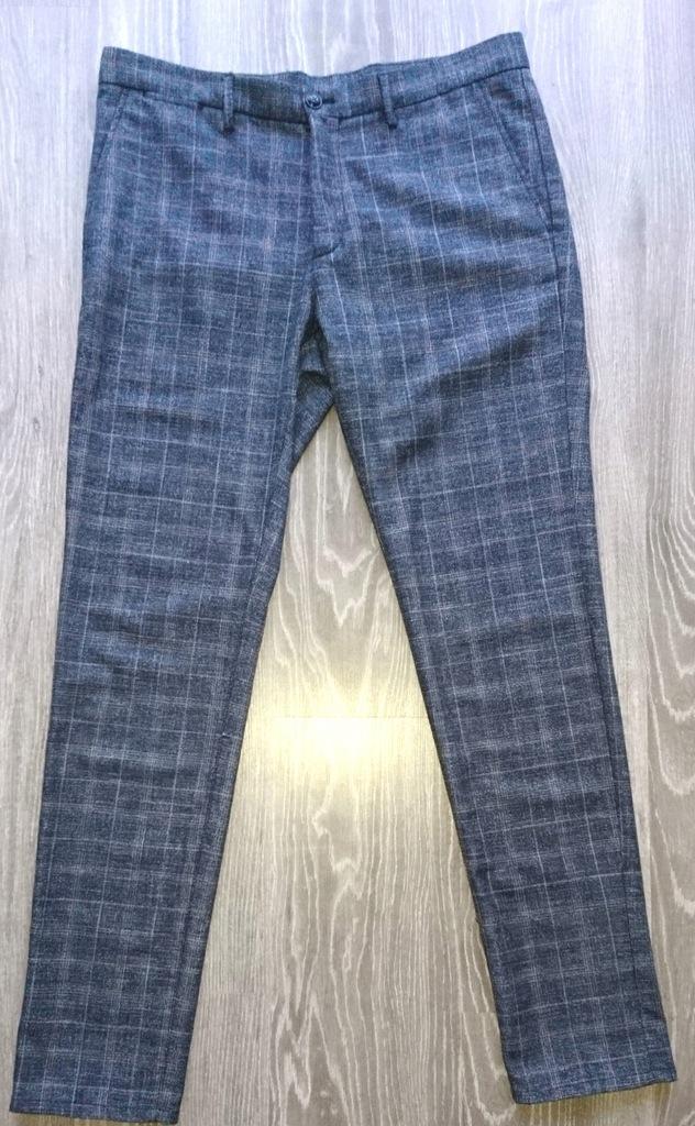 Massimo Dutti Wełniane spodnie Slim Fit M