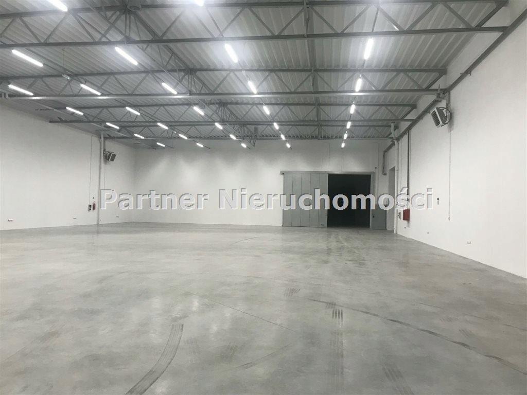 Magazyny i hale, Toruń, 2300 m²