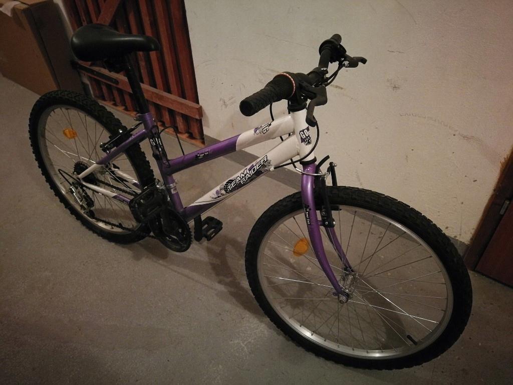 Rower 1 sezon używany, stan super, dla dziewczynki