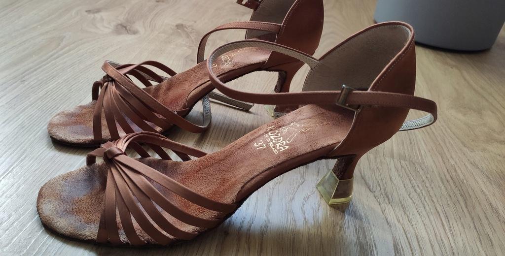 Buty do tańca Kozdra Model 100 wkładka 25 cm R37