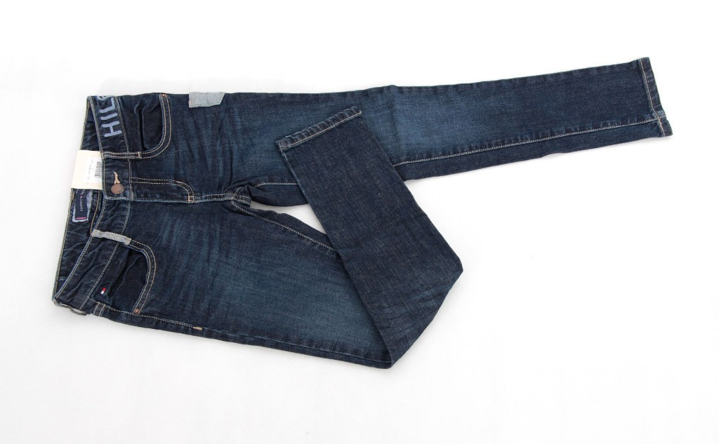 Spodnie jeans Tommy Hilfiger na 140 cm cekiny