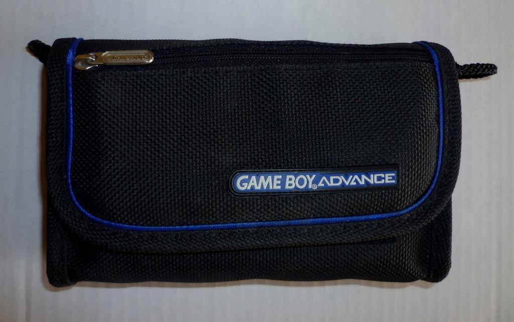 Oryginalny futerał na konsole Nintendo