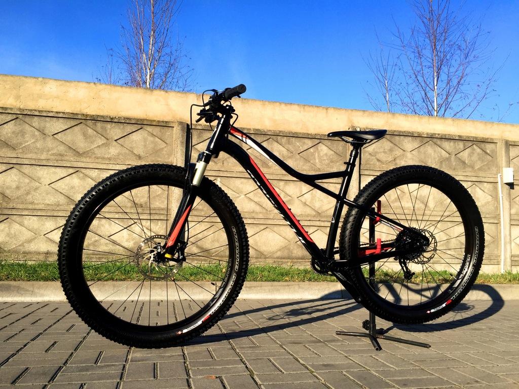 SPECIALIZED RUZE 27.5 SRAM X7 Raidon Air Fat Bike