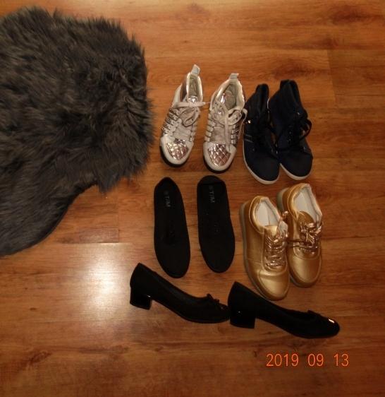 Zestaw butów 38 botki