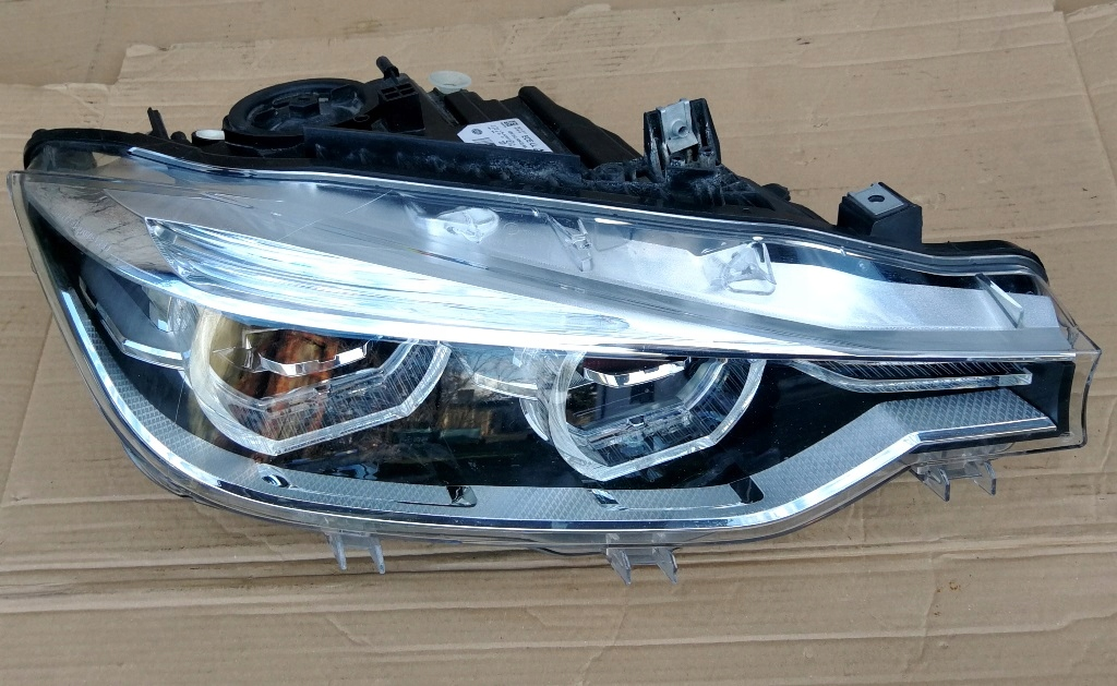 LAMPA PRAWA BMW F30 F31 FULL LED ADAPTIVE