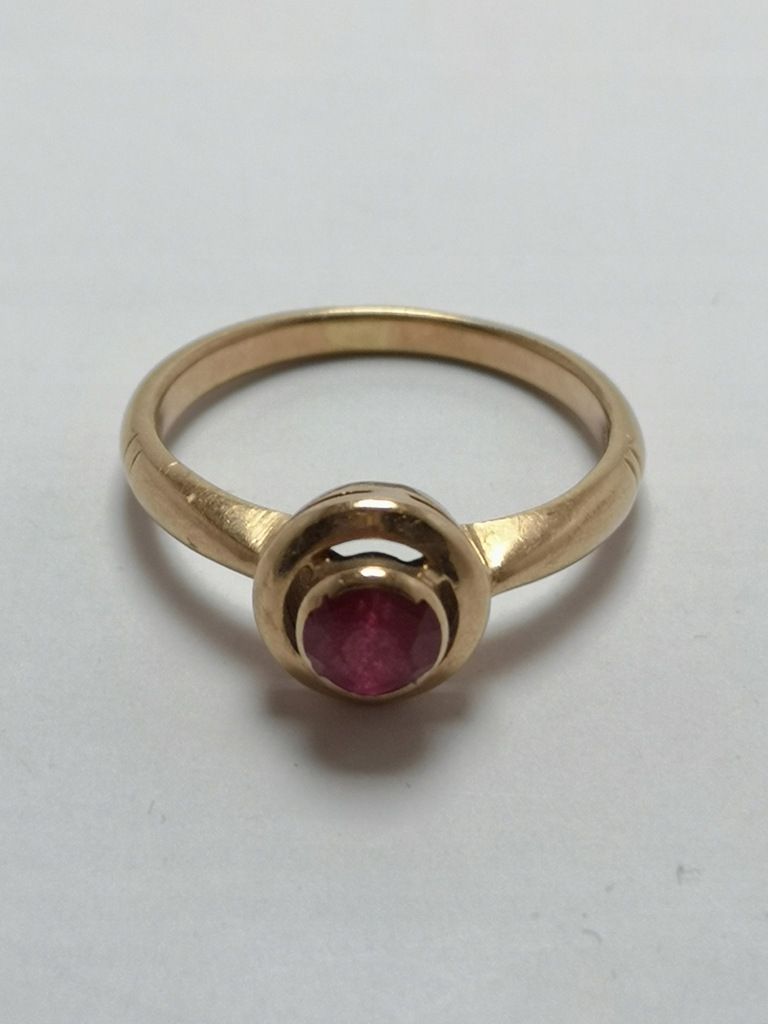 Złoty pierścionek p.585 3,41g r.15